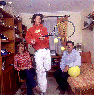 Just playing tennis . . . in his room with Mom and Dad! Elmundo February 2005 Thanks, Adelaide!